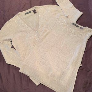 Liz Claiborn Beige Sweater Set, M